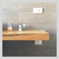 Piano in legno massello di cedro per lavabo